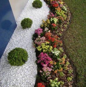 jardines decorativos con materiales aridos