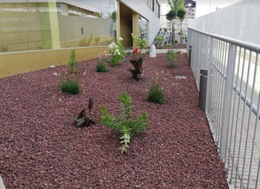 Mejora jardin De Varios Taludes En Una Urbanizacion